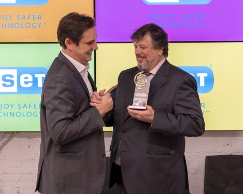 Premios 2019 - Lenovo